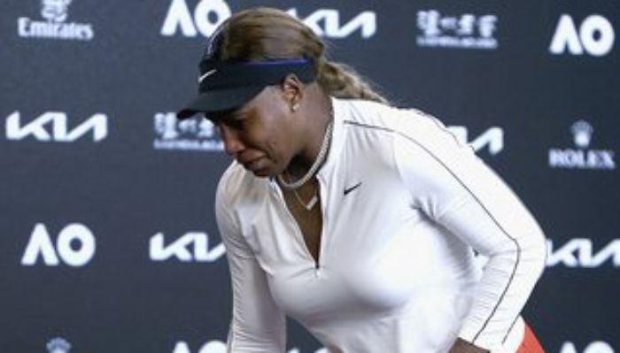 Video: Serena Williams In Tears After Semi-final Loss To Naomi Osaka